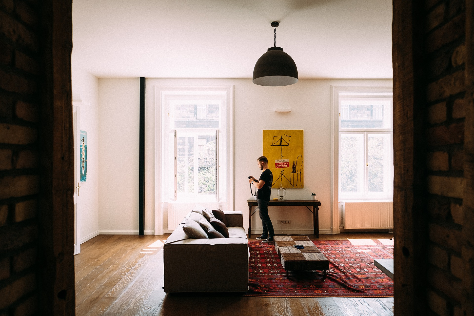 a_man_in_the_living_room